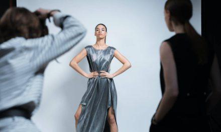 Jaką modną sukienkę lub spódnice warto kupić?